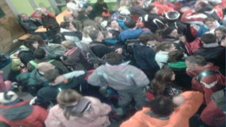 Un millar de esquiadores tienen que ser evacuados de la estación de esquí de Panticosa
