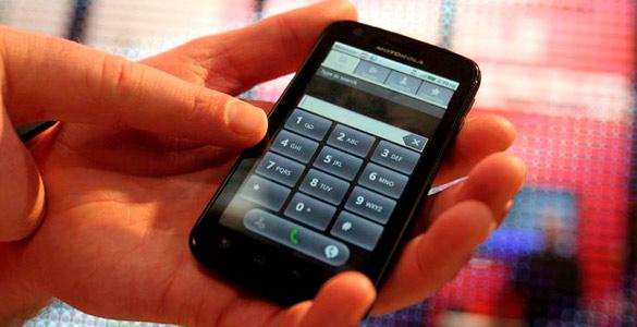 La rapidez en la distribución de smartphones ha superado por diez la de los ordenadores, por 80 la de internet y por tres la de las redes sociales
