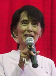 Aung San Suu Ki, líder de la oposición en Birmania 30 de marzo 2012