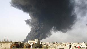 Ver vídeo  'La aviación siria bombardea un oleoducto en Homs, según la oposición'