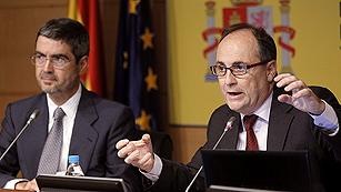 Ver vídeo  'La banca española necesita hasta 62.000 millones de euros para sanearse en el peor escenario'
