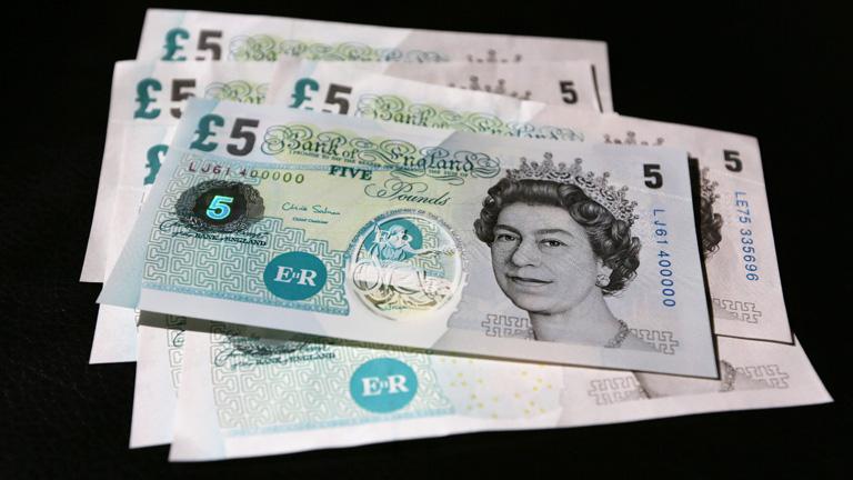 El Banco de Inglaterra estudia emitir billetes de plástico a partir de 2016