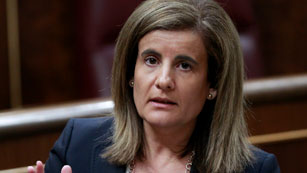 Ver vídeo  'Báñez defiende el recorte de las ayudas al carbón'