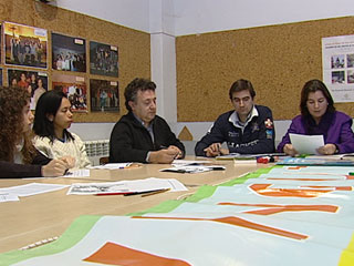 Ver vídeo  'En Barcelona se preparan para la visita del Papa'