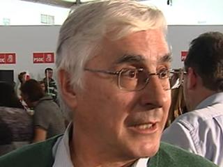 Ver vídeo  'Barreda muestra sus preferencias entre los dos candidatos del PSOE'