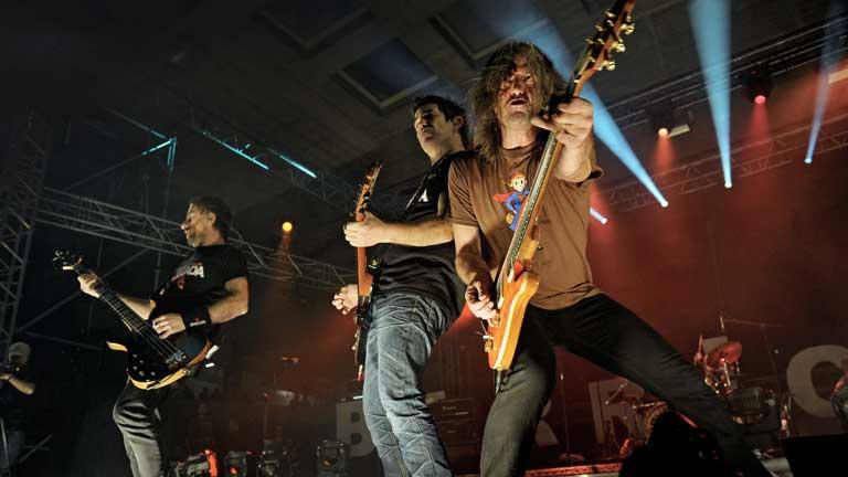 El grupo de rock navarro Barricada compartió su última noche con sus incondicionales