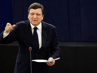 """Ver vídeo  'Barroso: """"Lamento profundamente la decision de una agencia de bajar la calificación de la deuda portuguesa""""'"""