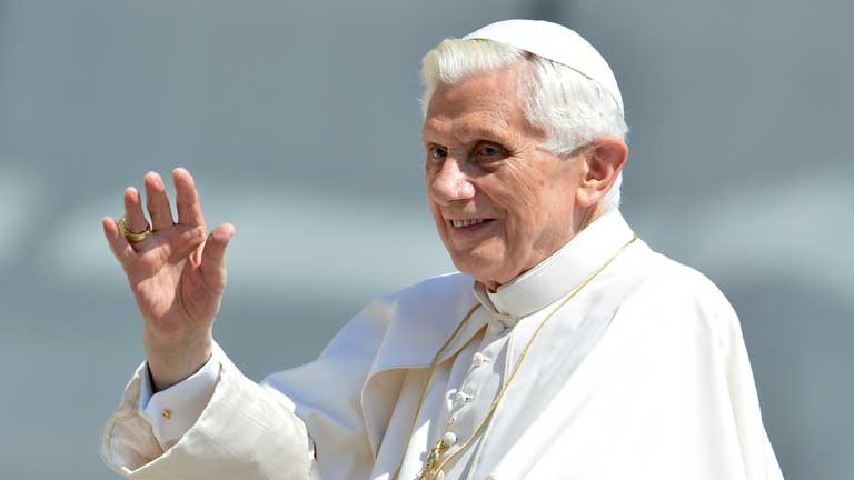 "Benedicto XVI: ""La noticia se ha sobredimensionado"""