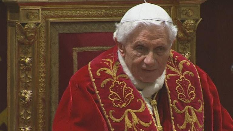 Benedicto XVI promete &quot;respeto y obediencia&quot; al futuro papa