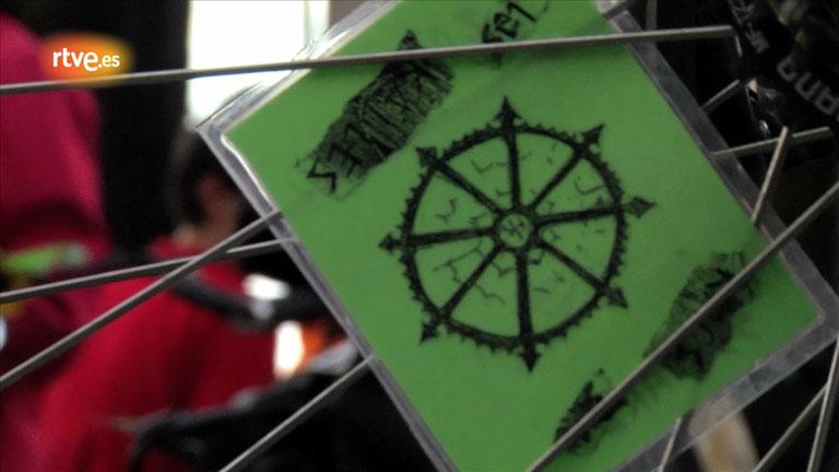 La 'Bici Crítica', menos coches y más bicis