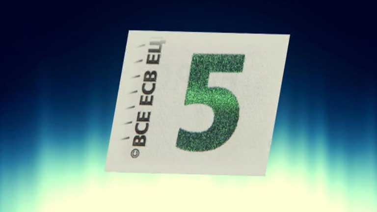 En mayo de 2013 saldrán nuevos billetes  de 5 euros y le seguirán los de más valor