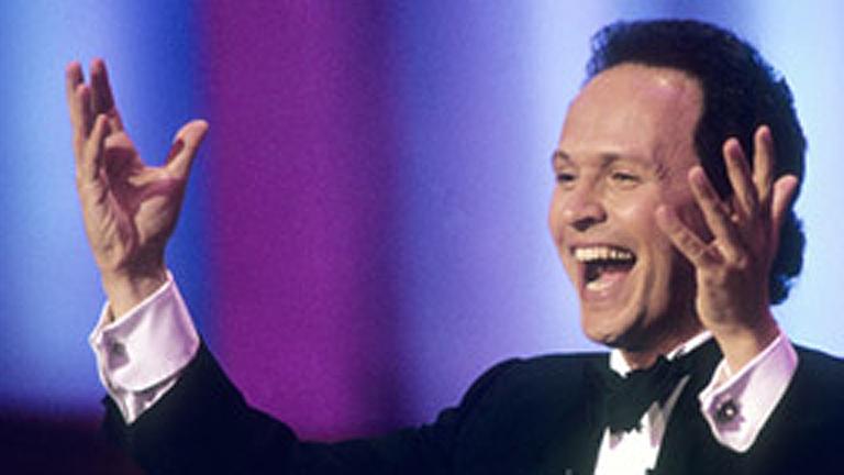 Billy Cristal será el maestro de ceremonias de los Oscar