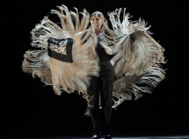 Blanca del Rey abre la Suma Flamenca con su última soleá del mantón