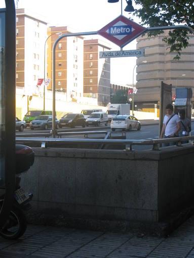 Boca de Metro de Avenida de América