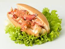 El BogaRoll, el producto estrella del Seafood Café La Lobstería