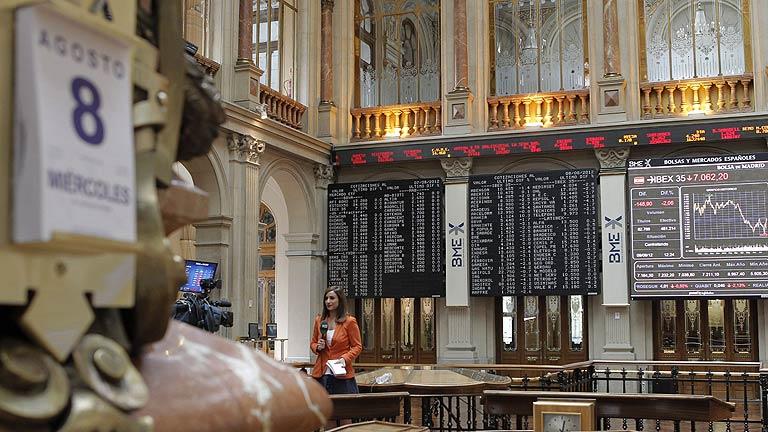 La Bolsa española rompe con tres días de ganancias mientras sube la presión sobre la deuda