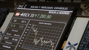 Ver vídeo  'Las Bolsas europeas registran fuertes subidas, pero Repsol cede un 6% en Madrid'