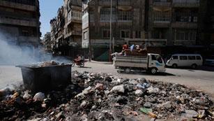 Ver vídeo  'Los bombardeos continúan en Siria'