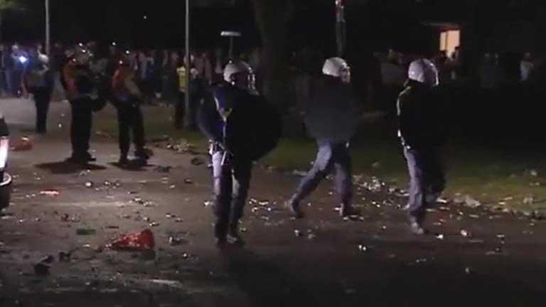 Una fiesta citada en la red se reúnen 4.000 personas y termina con 34 detenidos y 29 heridos en Holanda