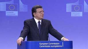 Ver vídeo  'Bruselas propone que los bancos puedan acceder directamente al fondo de rescate'