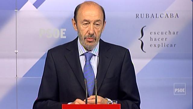 El PSOE y PP descartan un referéndum ante la reforma y buscan ampliar el consenso