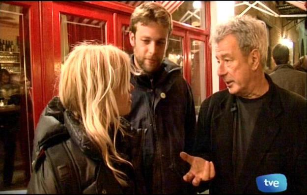 Buscamundos charló con el gerente del Cornelia St. Café, Robin Hirsch - Buscamundos