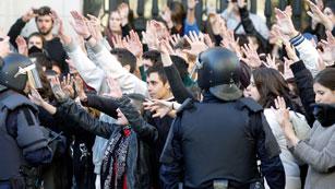 Ver vídeo  'Calma tensa en la protesta de Valencia'