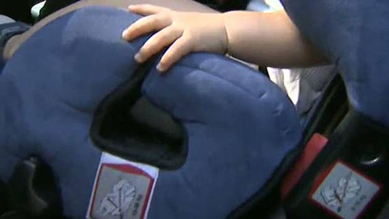 El 80 por ciento de los niños no van adecuadamente atados o protegidos en el vehículo