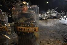 Las cargas de la policía polaca se han rodado con gran realismo