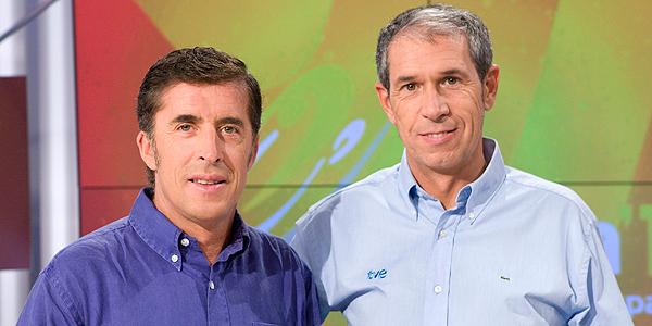 Carlos de Andrés y Pedro Delgado, los comentaristas de TVE en el Tour de Francia.