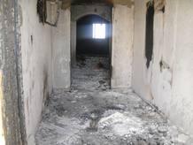 casa-quemada-por-rebeldes-en-bani-walid