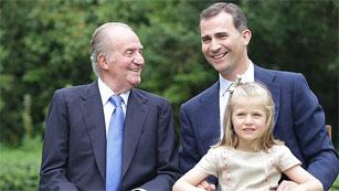 Ver vídeo  'La Casa Real renueva su página web con la foto del rey, el príncipe y la infanta Leonor'
