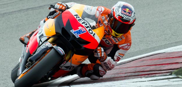 Casey Stoner gana la 'pole' del GP de Holanda