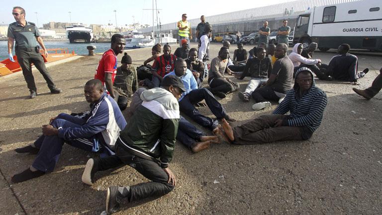 El aumento de pateras en el Estrecho eleva a casi 200 los inmigrantes rescatados en tres días