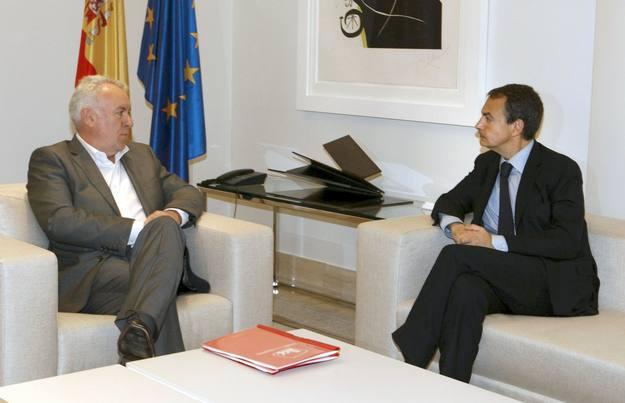 Cayo Lara y Zapatero en La Moncloa