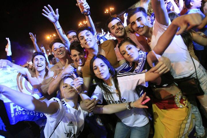 Mega ritual de adoración a Cibeles (Semiramis) de España 1397697913567
