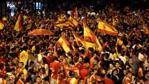 Ver vídeo  'Celebración española por todo lo alto'