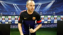 Ir al Video Celebritoons: Iniesta