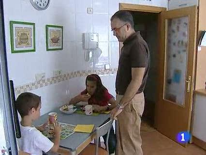Ver vídeo  'Los celíacos piden ayuda para financiar su comida especial'
