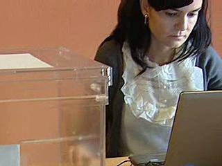 Ver v?deo  'Un centenar de colegios electorales serán administrados electrónicamente'