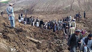 Ver vídeo  'Centenares de muertos tras un corrimiento de tierras en Afganistán'