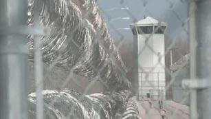 HRW denuncia que centenares de niños cumplen condena en cárceles de adultos en EE.UU.
