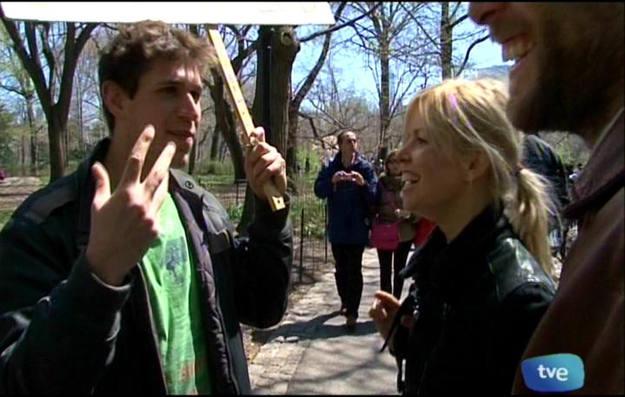 En Central Park encontramos a un contador de chistes, ¡un chiste por un dólar! - Buscamundos