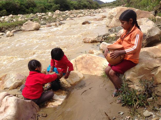 Cerca de 3 millones de bolivianos carecen de acceso a agua segura
