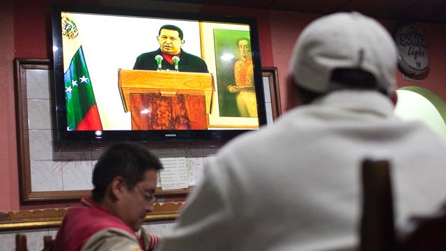 Chávez admite que tiene cáncer