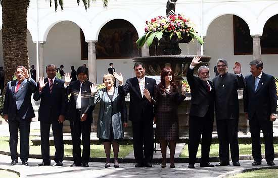 """Chávez: """"Soplan vientos de guerra"""""""