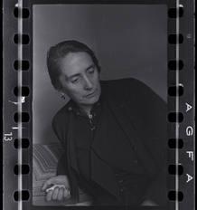 Chim (David Seymour)[Dolores Ibárruri (La Pasionaria), Madrid], finales abril¿comienzos julio 1936