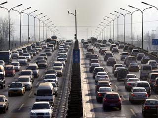 Ver vídeo  'China teme que el suministro de petróleo corra peligro por la presión estadounidense'