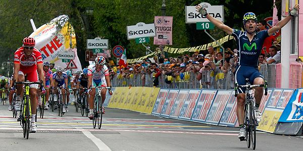 El ciclista español Fran Ventoso consigue ganar la segunda etapa en el Giro de Italia.