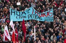Cientos de personas se manifiestanen contra de la 'troika' en Lisboa